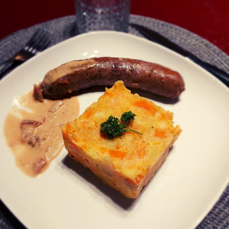 Potée aux carottes, saucisse, sauce à la bière de Warsage